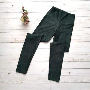 AERIE Chill Play Move Green Patterned Leggings